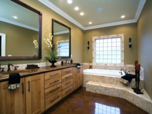 bright-open-wood-master-bath